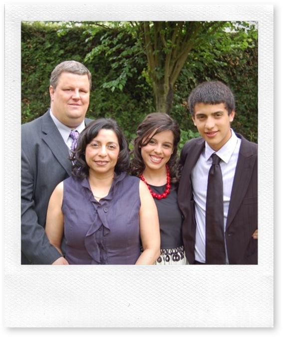 MR Graduation_family_2